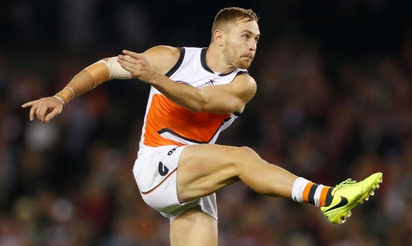 Smith a Bomber as GIANTS Move into First Round