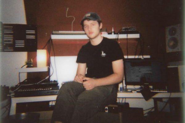 Premiere: Interstate delivers thumping, raw house with 'Teeactor'