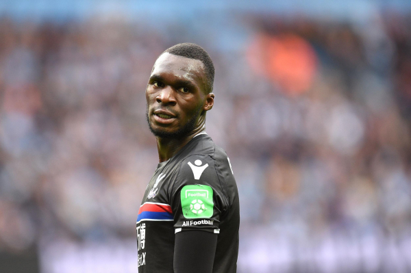 Roy Hodgson warns Christian Benteke hes expected to fire Crystal Palace to safety