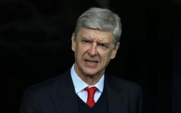 Champions League giants in fresh talks to sign Arsenal star in transfer that could spare Arsene Wenger's blushes