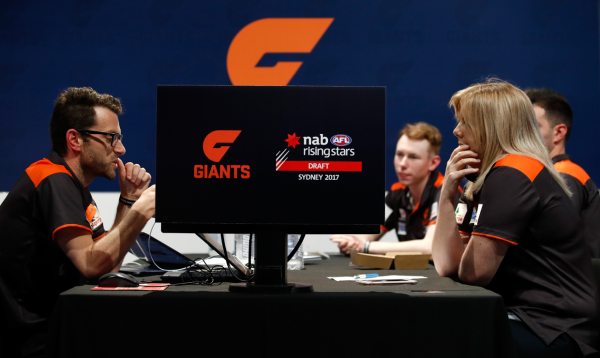 Inside the GIANTS' recruiting team