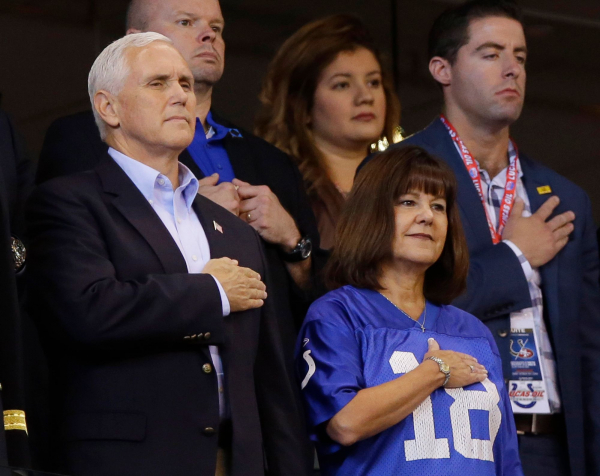 Mike Pence's NFL 'stunt' cost Indianapolis police $14,000, group finds