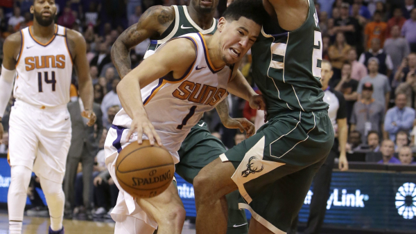 Devin Booker forces OT with deep turnaround buzzer-beating 3-pointer, but Bucks beat Suns (video)