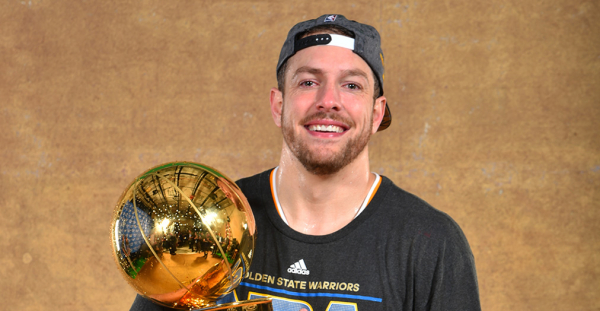 David Lee Announces His Retirement