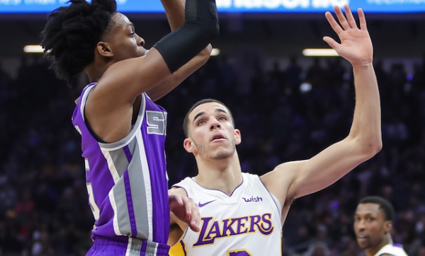Lakers News: De'Aaron Fox Calls Expectations For Lonzo Ball 'Out Of This World'