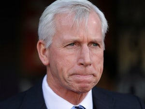 Alan Pardew in running for West Bromwich Albion job?