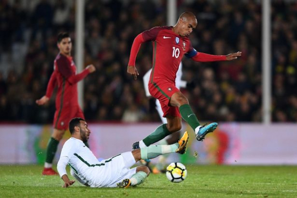 Arsenal 'plotting cut-price deal for Joao Mario' as Inter Milan put midfielder up for sale