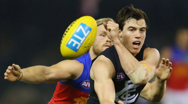Emerging defender re-signs with Carlton