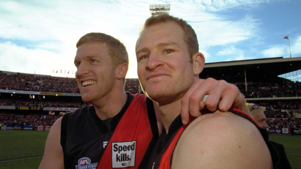 2000 flag hero elected to Bombers' board