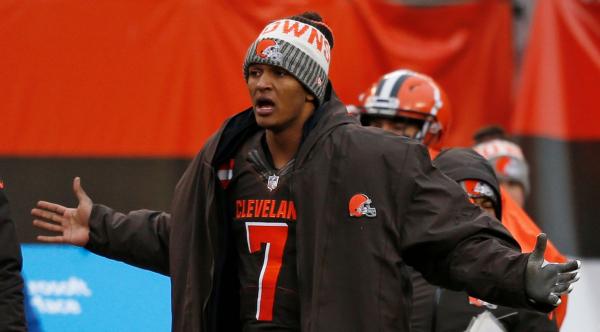 Embarrassing interception sets up Browns loss