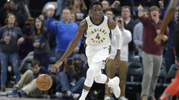 Victor Oladipo gets steal, hits go-ahead 3-pointer to lift Pacers over Bulls (video)