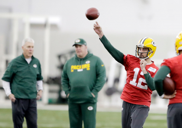 Packers QB Aaron Rodgers confident he can return in top form