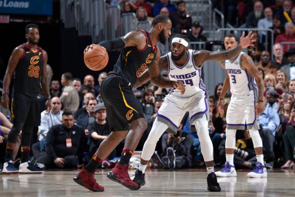 LeBron James Overruled Tyronn Lue for Game-Winner vs Kings