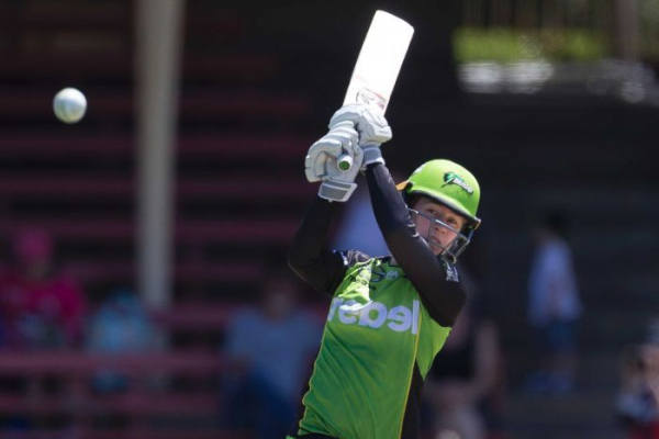 Thunder post record WBBL score in win over Renegades
