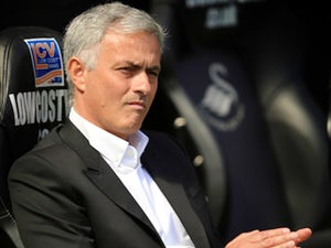 Report: Manchester United, Jose Mourinho close to agreement over new contract