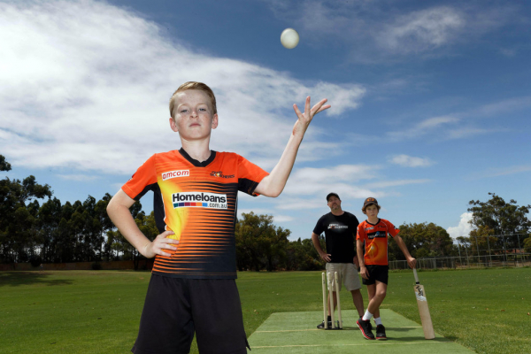 Just not cricket: Families fear they'll miss out on Perth Scorchers tickets due to Optus Stadium cap