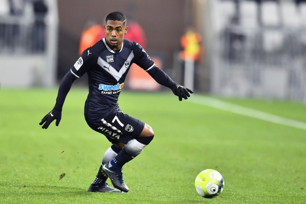 Transfer news, rumours LIVE: Arsenal clear to sign £45m Malcom as Tottenham end interest, Alexis Sanchez to Manchester United latest