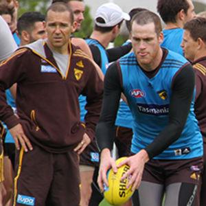 Hawks' biomechanics guru set to join AFL