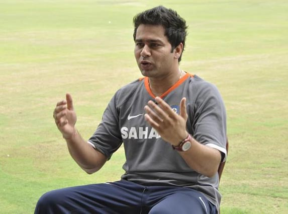 5 Failed Indian Cricketers Who Became Successful Commentators