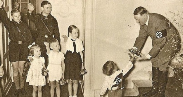 These photos prove Hitler and the Nazis celebrated Christmas just like the rest of us