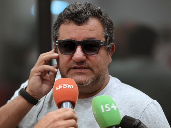 Mino Raiola: The stubborn lock on Alexis Sanchezs Manchester United transfer spinning his own version of reality
