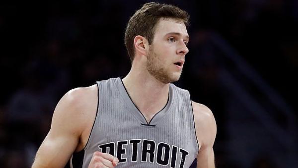 Pistons' Jon Leuer to undergo season-ending surgery