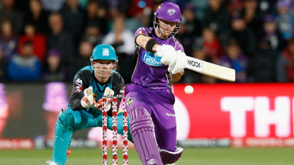 Unstoppable Short lifts Hobart Hurricanes to third
