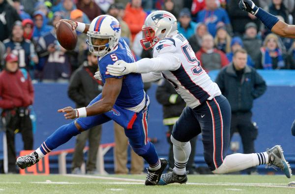 Van Noys versatility key in Patriots defensive improvement