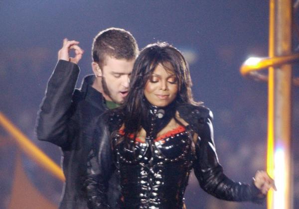 Timberlake still trying to explain halftime fiasco