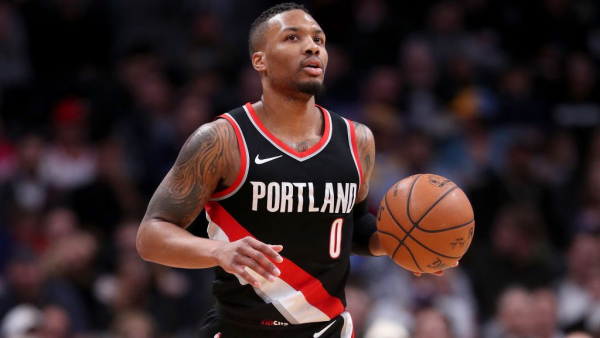 Report: Damian Lillard meets with Trail Blazers owner, but doesn't request trade as Paul Allen feared