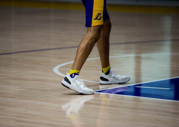 Lakers Video: Cutting Open Lonzo Ball's Big Baller Brand ZO2 Signature Shoe