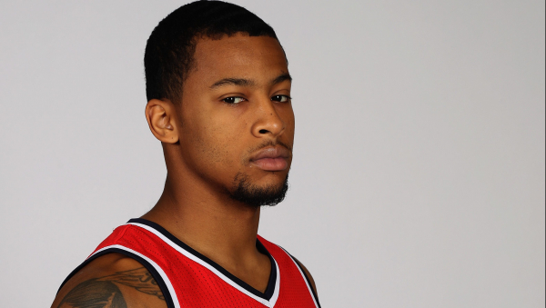 Knicks waive Ramon Sessions, to sign Trey Burke for season