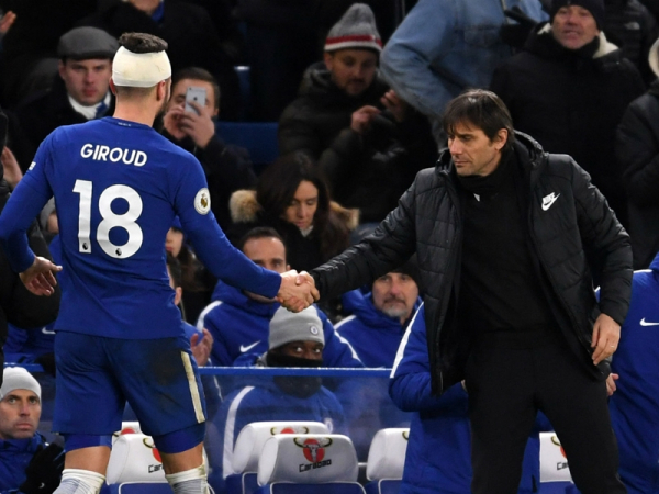 Battle-hardened Giroud boosts Conte and Chelsea