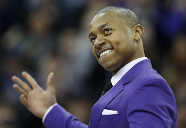 Lakers Video: Isaiah Thomas Jersey Retirement Ceremony At University Of Washington