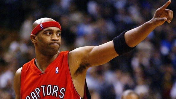 Report: Raptors won't sign Vince Carter if he gets bought out