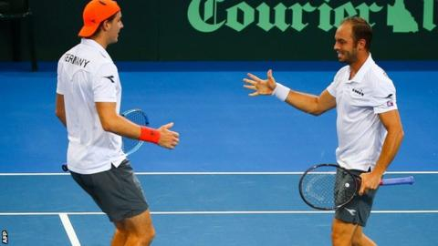 Davis Cup 2018: Germany and France take 2-1 leads heading into final day of ties