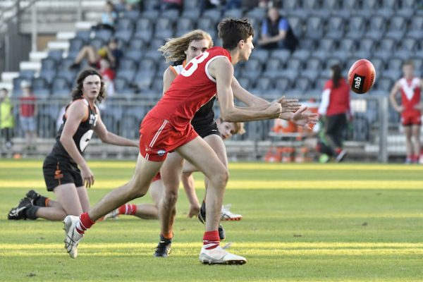 Swans academy super sessions kick off in Coffs