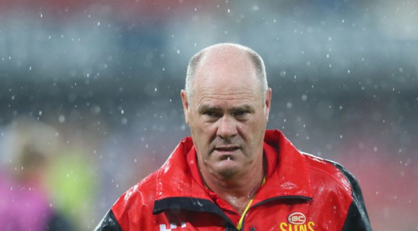 Ex-Gold Coast Suns depart local footy club after former coach Rodney Eade is appointed
