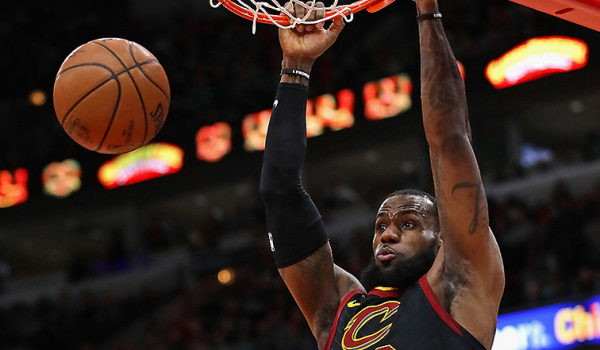Cavs Hold Off Bulls, Take Trip Finale in the Windy City