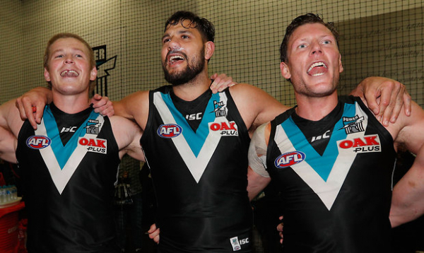 Port retain old club song
