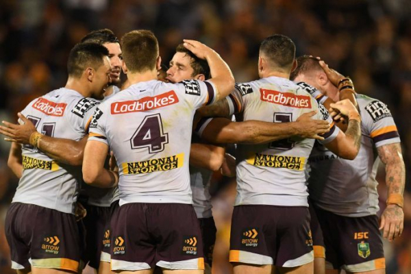 Broncos win nailbiter over Tigers after Dogs take down Panthers