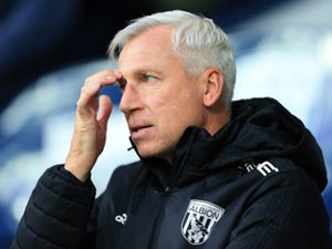 "West Bromwich Albion boss Alan Pardew bemoans ""heartbreaking"" late loss"