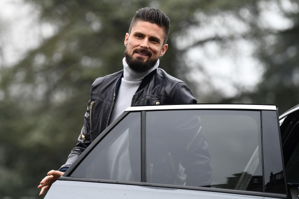 Arsenal boss Arsene Wenger: In his heart, Chelseas Olivier Giroud wanted to stay at Emirates