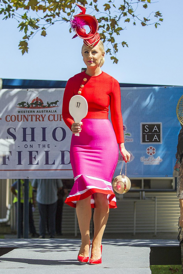 Jo Bovell makes a splash in Fashions on the Field
