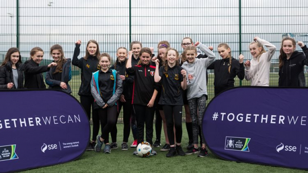 Students Get VIP Training Day With Everton Ladies