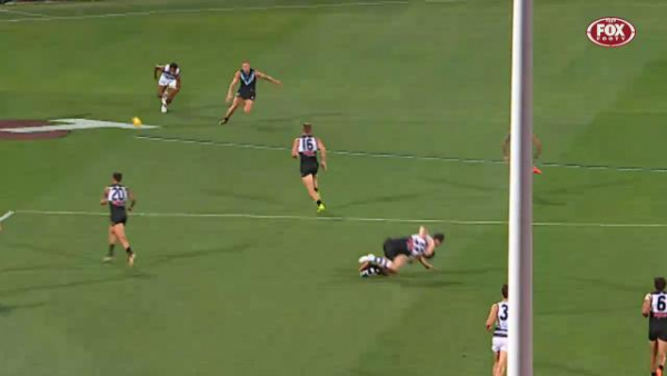 Video: Lindsay Thomas reported for hit on Scott Selwood in first game for Port Adelaide