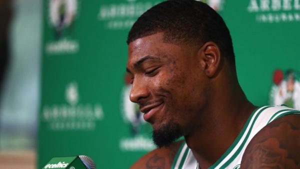 Marcus Smart returns, helps Celtics win Game 5 over Bucks