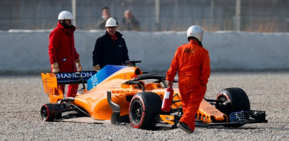 Pushing it too far? FIA to present F1 teams with solutions to avoid pit stop errors