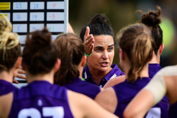 AFLW: Freo coach steps aside after two years
