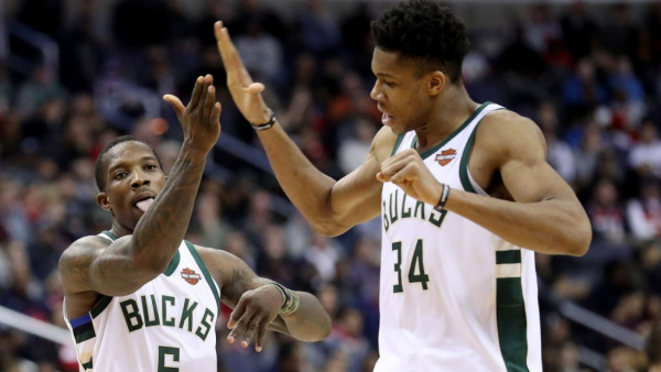 Giannis Antetokounmpo beats Celtics with late-game tip-in, series goes 2-2 (VIDEO)